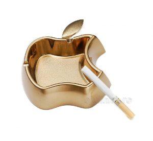 Set pentru fumatori cu bricheta si scrumiera model Apple