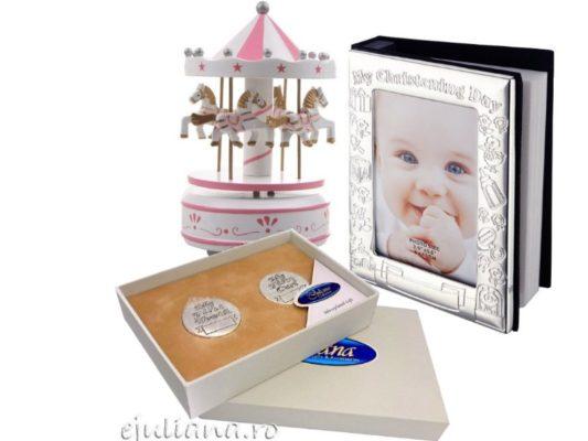 Cadou de botez pentru fetita, album set suvita si dintisor carusel muzical roz