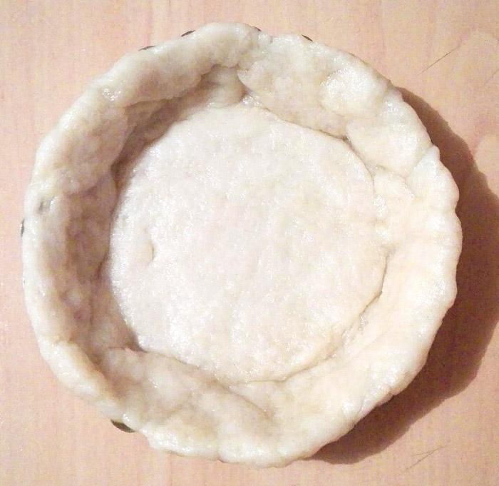 Aluat pentru tarta vegana cu crema de vanilie si fructe