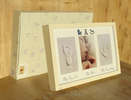 Rama amprenta cadou de botez pentru bebelusi