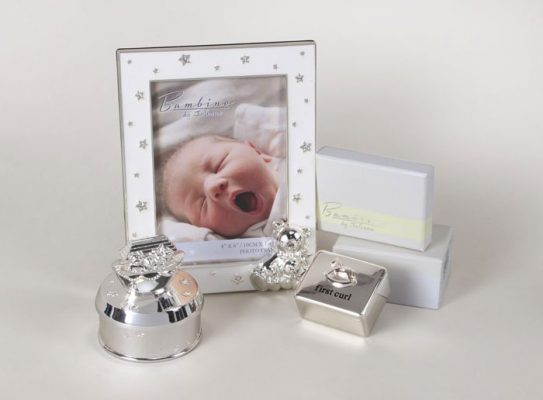 Cutiuta prima bucla, cutiuta muzicala si rama foto bebelusi Bambino by Juliana