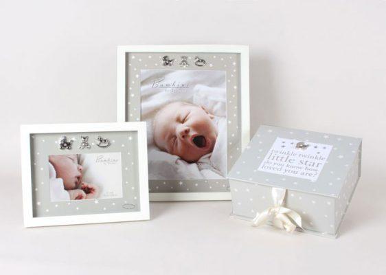 Caseta de amintiri si rame foto pentru bebelusi Juliana