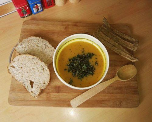Supa crema de morcovi cu ghimbir si turmeric